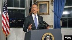 Presiden Barack Obama berbicara kepada media setelah tercapainya kesepakatan anggaran sementara, Jumat malam (8/4).