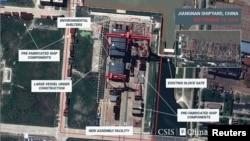 2019年9月18日的卫星图像显示上海江南造船厂正在建造中国第一艘全尺寸航空母舰