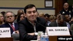 马丁·史克雷利在国会听证上