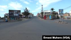 Nyawera, une place très frequentée à Bukavu dessertée, en RDC, le 1er juin. (VOA/Ernest Muhero)