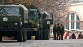 Perëndimi i shqetësuar më situatën në Ukrainë