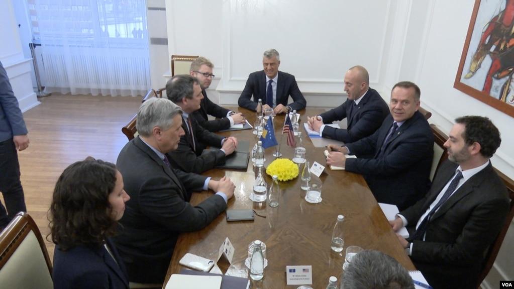 SHBA: tarifat duhet të pezullohen, dëmtojnë partneritetin me Kosovën