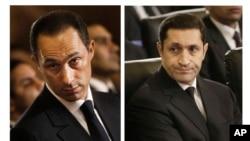 جمال مبارک (چپ) و علا مبارک فرزندان دیکتاتور پیشین مصر در دادگاهی در قاهره - آرشیو