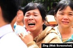 Vợ ông Đặng Văn Hiến đau buồn khi tòa phúc thẩm y án tử hình