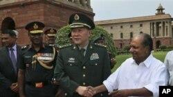 中印兩國國防部長於今年九月在新德里會面(資料圖片)