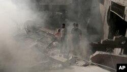 废墟:以色列战机轰炸加沙