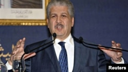 El primer ministro de Argelia, Abdelmalek Sellal, dijo que fue necesario asaltar la planta porque los terroristas planeaban volarla.