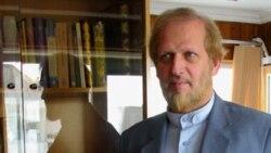 مدیر اسبق مطبوعات: کمکهای هنگفت دولت به یک روزنامه جنجالی