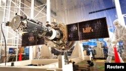 Perangkat NASA untuk Misi IRIS di Lockheed Martin Space Systems Sunnyvale, California (foto:dok)