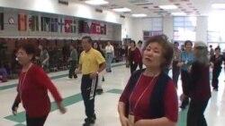 Virtual Center Keeps Seniors on Their Toes