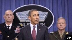 미국 수뇌부와 함께 새 국방전략을 발표하는 바락 오바마 미 대통령