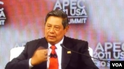Presiden SBY dalam APEC CEO Summit 2011 di Honolulu, Hawaii (12/11).