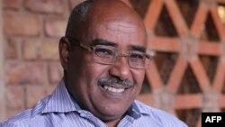 Abdelmoneim Abu Idris Ali, le journaliste de l'AFP, à Khartoum, le 3 janvier 2016.