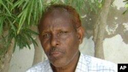 Barkhad Cawaale Aadan waxa uu saxaafadda Soomaaliya ku soo biiray dabayaaqadii 70maadkiii.