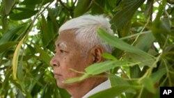 Khmer Rouge prison survivor Vann Nath died earlier this week in a quiet Phnom Penh clinic.
