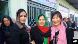 گشایش بازار زنانه زمینۀ کار را برای بیش از ٨٠ زن فراهم خواهد نمود.
