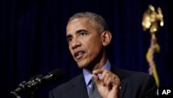 Tổng thống Mỹ Barack Obama phát biểu trong một cuộc họp báo tại Vientiane, Lào, 8/9/2016.