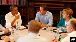 Başkan Obama Kuzey İrlanda'da toplanan G8 zirvesinde diğer ülkelerin liderleriyle