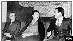 از راست به چپ: صدام حسین، هواری بومدین، محمد رضا شاه پهلوی