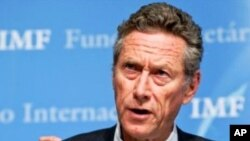 세계경제를 전망하는 올리비에 블랑샤르 IMF 수석경제분석가