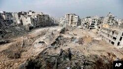 اس تنازع میں اب تک تین لاکھ افراد ہلاک اور لاکھوں بے گھر ہو چکے ہیں۔