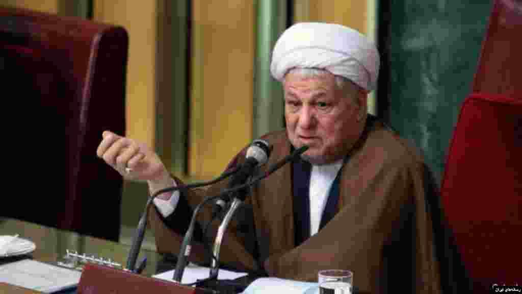 هاشمی رفسنجانی علاوه بر ریاست مجمع تشخیص مصلحت نظام، ریاست مجلس خبرگان رهبری را نیز بر عهده داشت که پس از حوادث سال ۸۸ از نامزدی دوباره برای ریاست این مجلس منصرف شد.