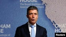 """El secretario general de la OTAN, Anders Fogh Rasmussen, dijo que se trata de un """"desafortunado paso atrás""""."""