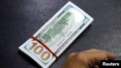 Tiền 100 đôla