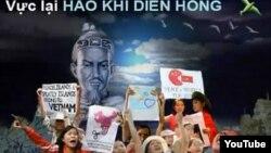 Ảnh chụp màn hình từ video bài hát 'Anh Là Ai?' của nhạc sĩ Việt Khang