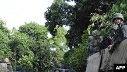Binh sĩ Philippines tại thị trấn Talipao trong tỉnh Sulu, miền nam Philippines, ngày 25/9/2011
