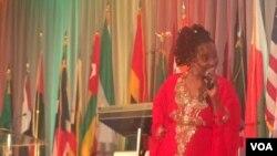 Mwanamuziki wa Kenya Anna Mwalagho alipokuwa kwenye Africa Day Africa Day Washington, May 27, 2016.