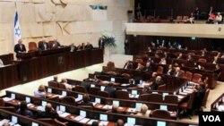 Parlemen Israel (Knesset) menyetujui UU yang mempersulit penarikan dari wilayah pendudukan di Yerusalem dan Dataran Tinggi Golan.