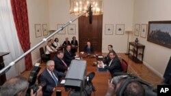 Para pemimpin partai politik di Yunani menyepakati pemilu ulang tanggal 17 Juni dalam pertemuan hari Rabu (16/5).