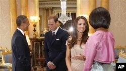 Rais wa Marekani Barack Obama na mkewe Michelle Obama wakiwa na Prince William na mkewe Kate