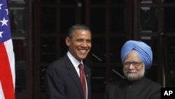 정상회담 후 악수를 나누는 오바마 대통령과 싱 총리