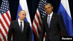 دیدار باراک اوباما رئیس جمهوری آمریکا (راست) و ولادیمیر پوتین رئیس جمهوری روسیه در حاشیه مجمع عمومی سازمان ملل متحد در نیویورک - ۲۰۱۵