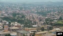Vue sur la capitale anglophone, Bamenda, le 16 juin 2017.