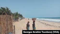 Grand-Bassam, trois ans après l'attaque, en Côte d'Ivoire, le 13 mars 2019. (VOA/Georges Ibrahim Tounkara)