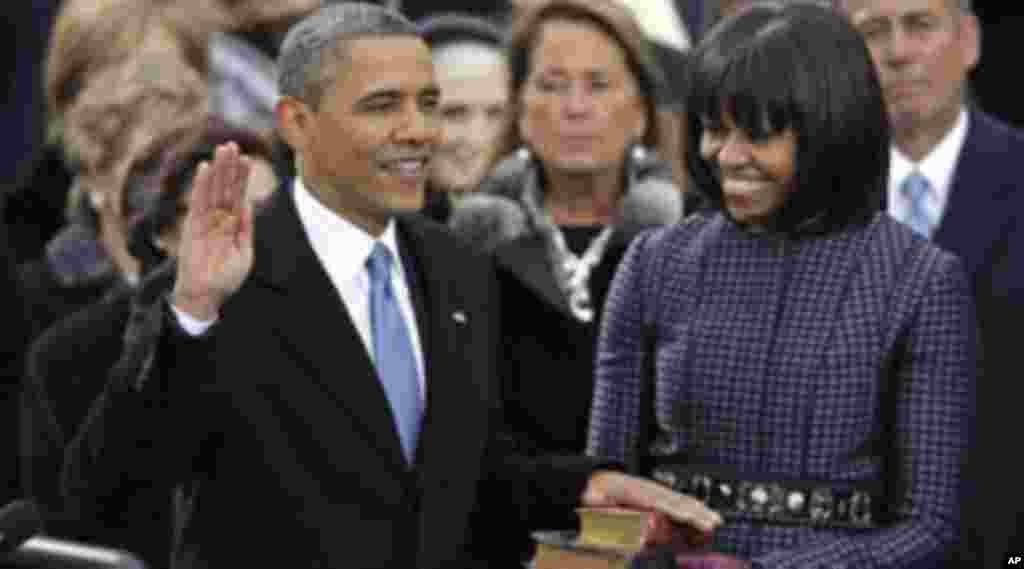 Obama oo la dhaarinayo