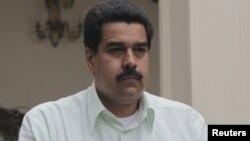 El Vicepresidente Maduro es el señalado por Chávez para sucederlo ante una ausencia permanente del mandatario.