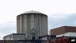 Ron Sauro's acoutic testing lab is nestled deep inside the abandoned Satsop nuclear plant near Elma, Washington.