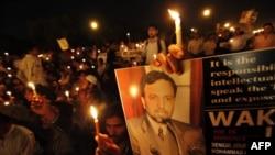 تظاهرات با خواست آزادی محمد احمد کازمی در هند