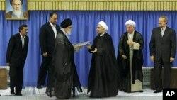 Tras la ceremonia de confirmación este sábado Hassan Rouhani será investido de manera formal ante el parlamento iraní.