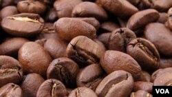 Kafein dalam kopi dapat mengurangi risiko seseorang terkena kanker kulit.