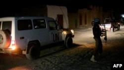 Les forces de maintien de la paix de la Mission des Nations Unies au Mali (MINUSMA) patrouillent à Tombouctou, le 2 mai 2016.