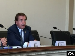美众议院外交关系委员会主席罗伊斯讨论朝鲜问题(2017年6月13日,美国之音莉雅拍摄)