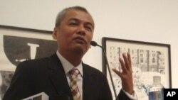 Ông Youk Chhang, Giám đốc Trung tâm Tài liệu của Campuchia