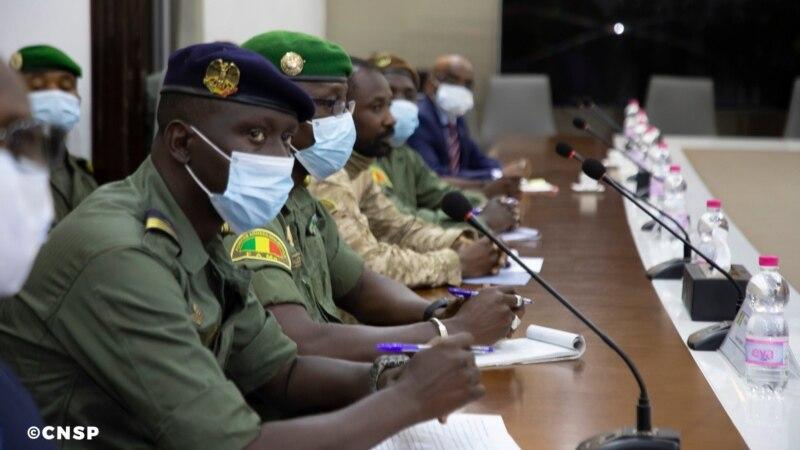 La Cédéao demande à la junte malienne de nommer rapidement des dirigeants civils