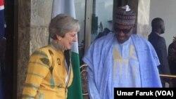 Theresa May, première ministre britannique et le président nigérian Muhammadu Buhari le 29 août 2018.