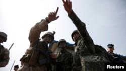 Washington và Seoul nói các cuộc thao dượt quân sự thường niên này cho Bắc Triều Tiên thấy rõ sự sẵn sàng ứng chiến của quân đội Mỹ và Nam Triều Tiên.